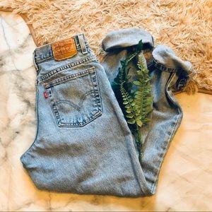Levi's Vintage Denim Mom Jeans (28)